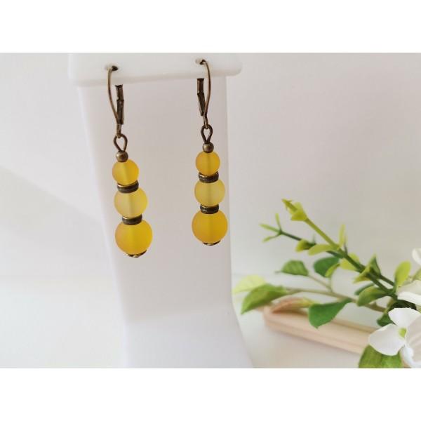Kit boucles d'oreilles apprêts bronzes et perles en verre moutarde - Photo n°1