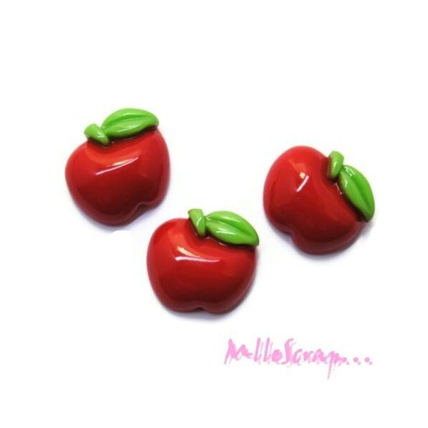 Cabochons pommes résine rouge - 5 pièces - Photo n°1