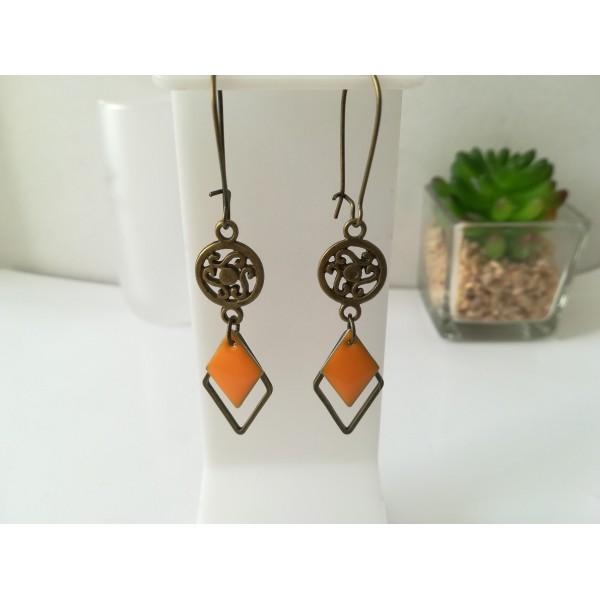 Kit de boucles d'oreilles apprêts bronze et sequin émail orange losange - Photo n°1