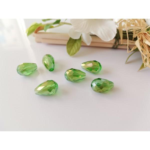 Perles en verre goutte à facettes 15 mm vert AB x 8 - Photo n°1