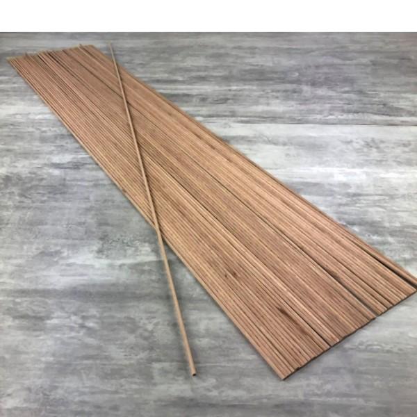 Gros lot de 50 Baguettes rondes, diam. 4 mm, 1 m de long, Tourillon en bois de hêtre lisse - Photo n°1