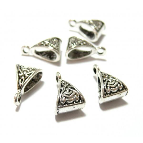 25 pendentifs Bélières Triangle Predator 15 par 10mm metal Argent Antique ( S1130157 ) - Photo n°1