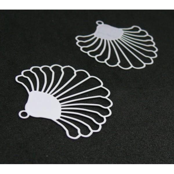 AE115017 Lot de 2 Estampes pendentif filigrane style Eventail 38 mm Coloris Blanc - Photo n°1