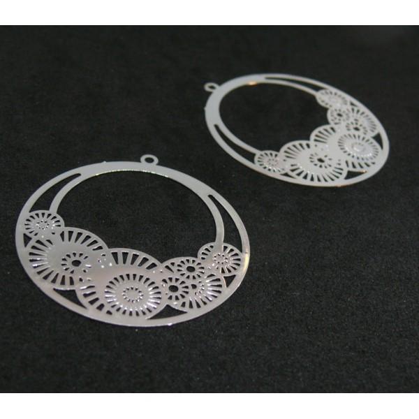 AE1126 Lot de 4 Estampes pendentif filigrane Cercle style Fleur Osaka 41mm Coloris Argent Vif - Photo n°1
